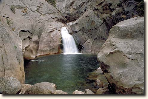 Kings Canyon NP: Roaring River Falls