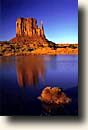 Monument Valley : East Mitten Butte und Pond